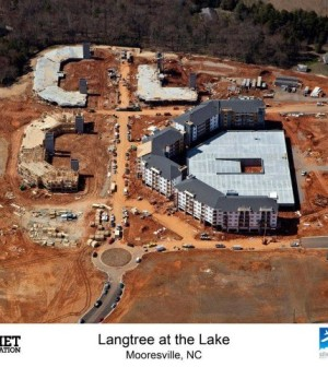 Langtree-at-the-Lake-Apartments