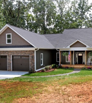 Lake Norman Waterfront Home For Sale in Sherrills Ford, NC